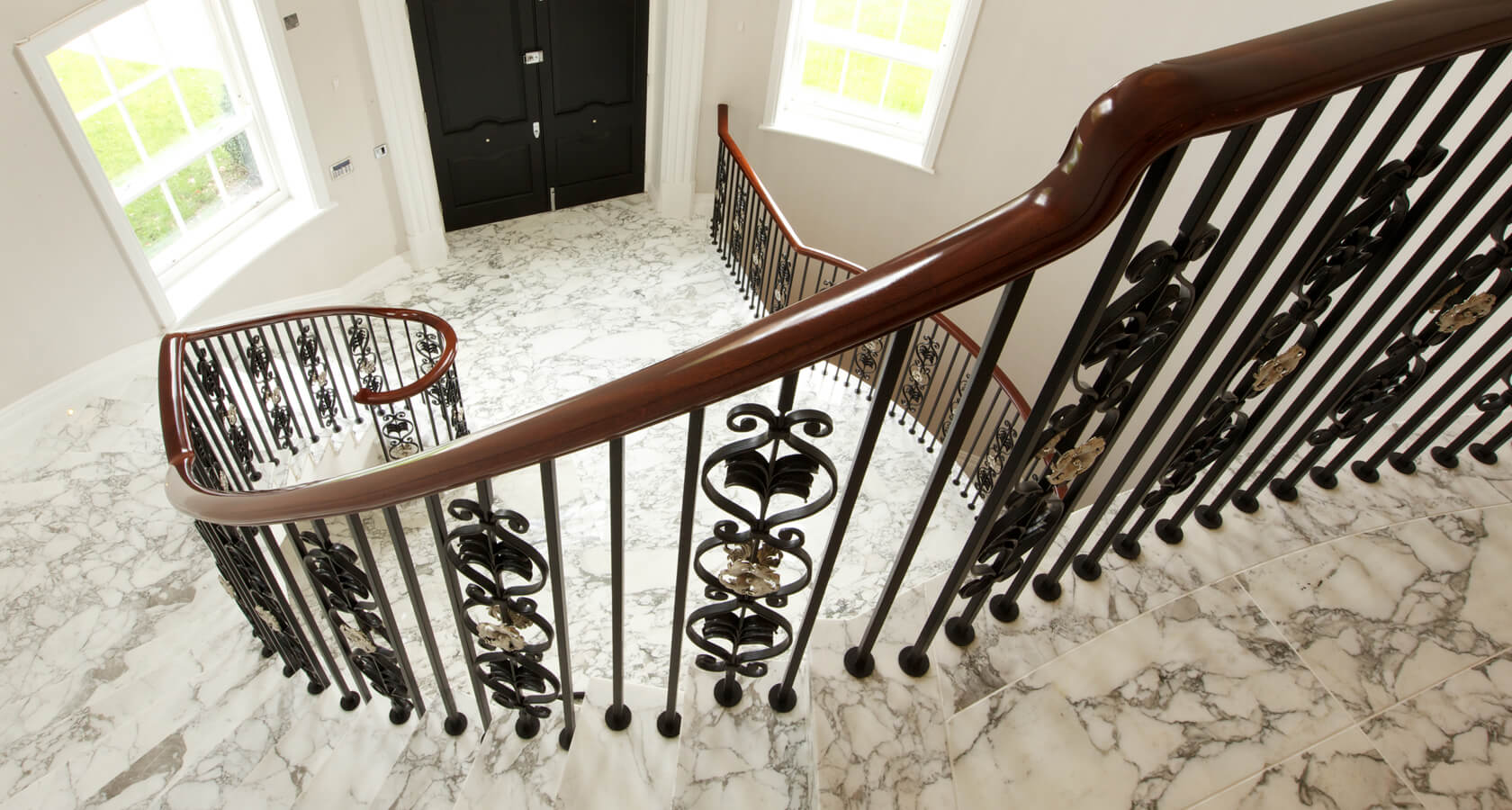 HIll House Bannister 1